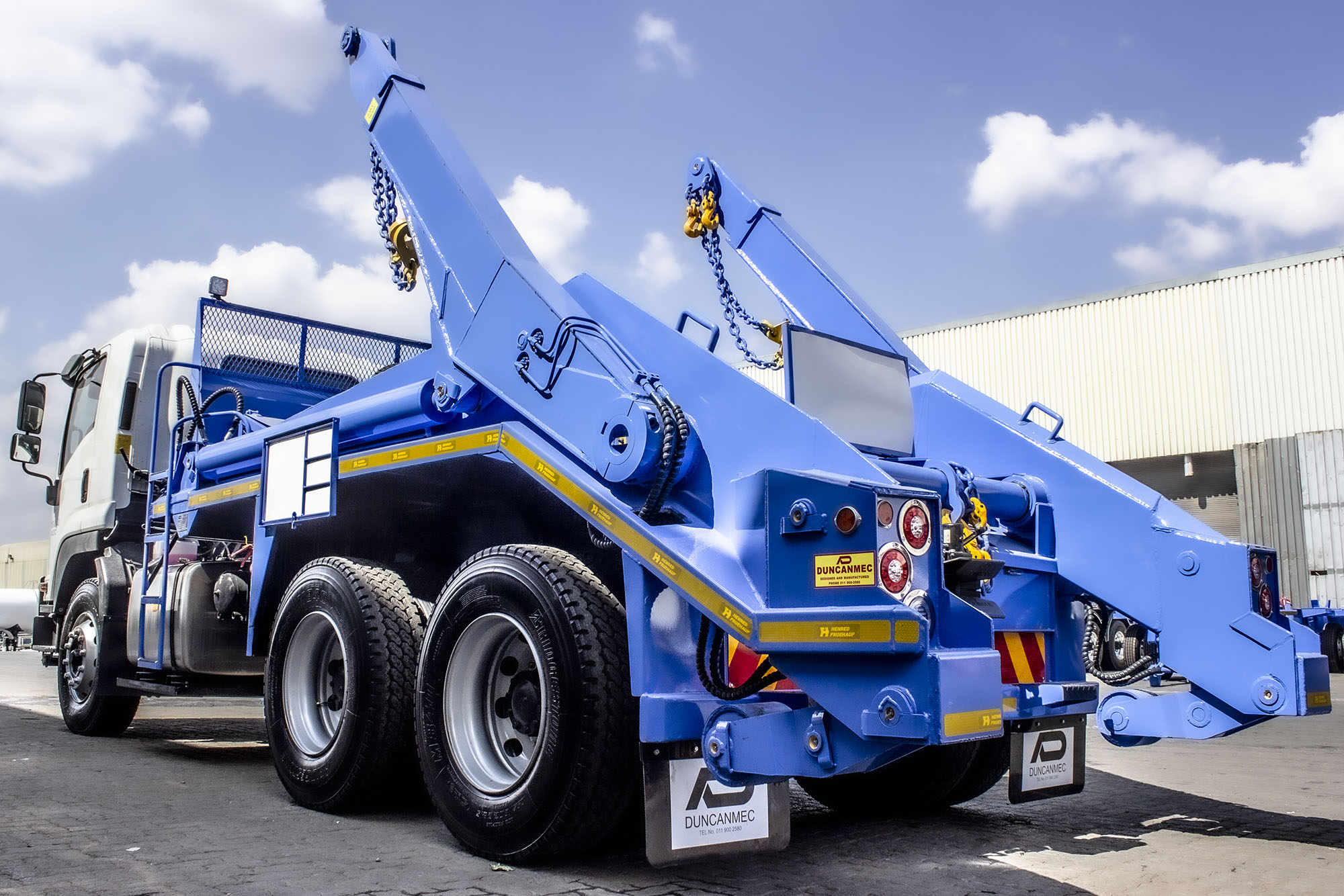 Duncanmec is a manufacturing company specializing in Refuse Handling Equipment and Dry Bulk Road Tankers.